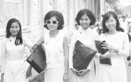Nữ sinh trường Bồ Đề