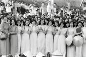 Nữ Sinh Áo Hồng Trường Thiên Phước, Tân Định