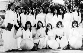 Nữ sinh Trung học trước 1975 2