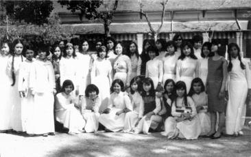 Nữ sinh Trung học trước 1975 3