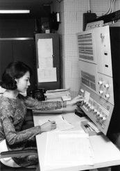 thư ký 1973